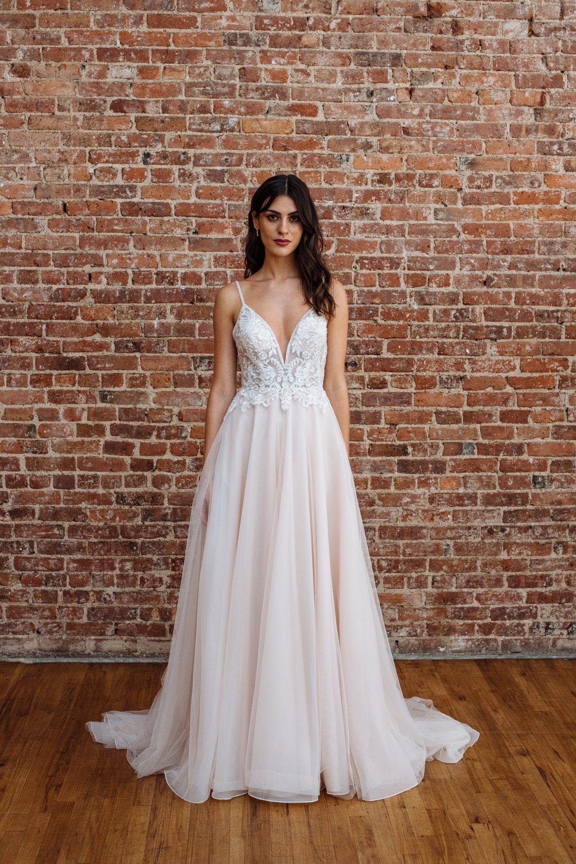 4e0fe9a843 Galina Signature by David's Bridal Fall 2018 | Sexy Wedding Dresses ...