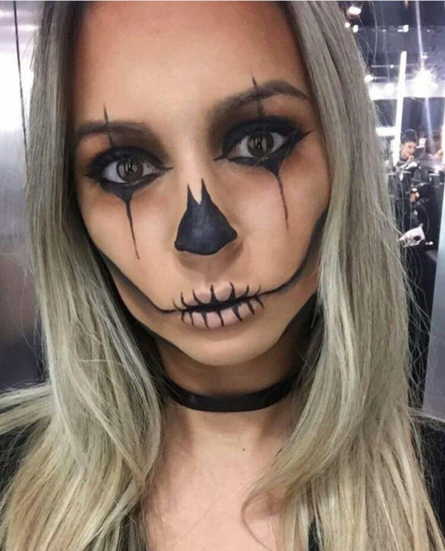 Clown/Jester Skull Half face halloween makeup, Halloween