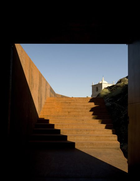 Castelo Novo by Comoco Architects