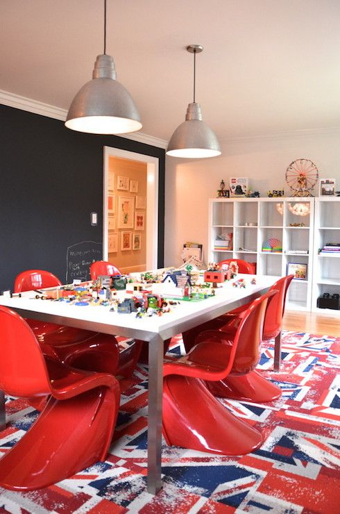 Red White And Blue Playroom Features A Chalkboard Accent Wall - Chalkboard accents dining rooms