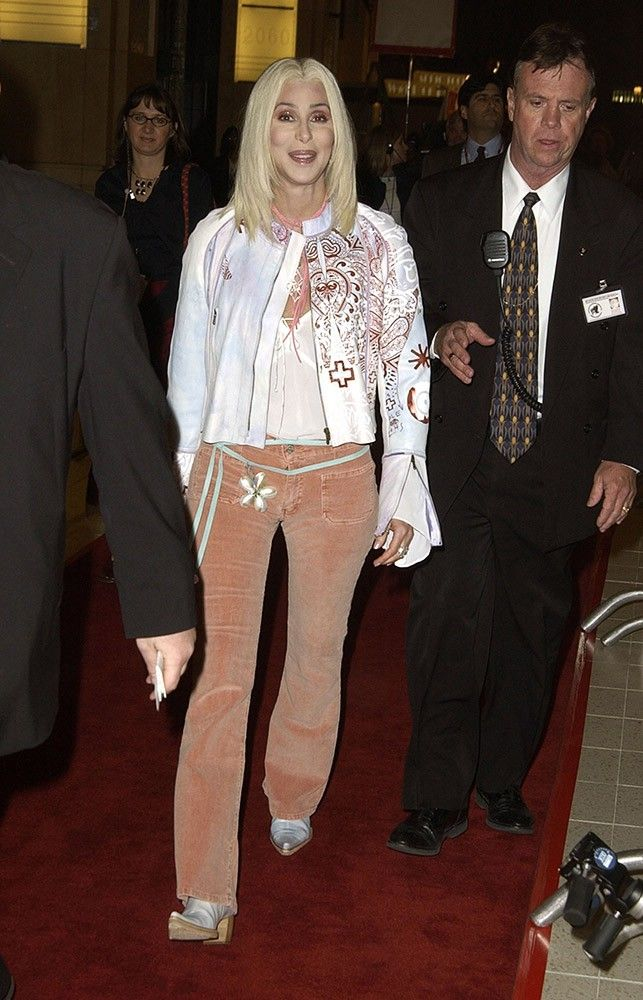 """Cher channels her '60s style when she goes back to blonde for the """"Love Rocks"""" concert to honor U2's Bono."""