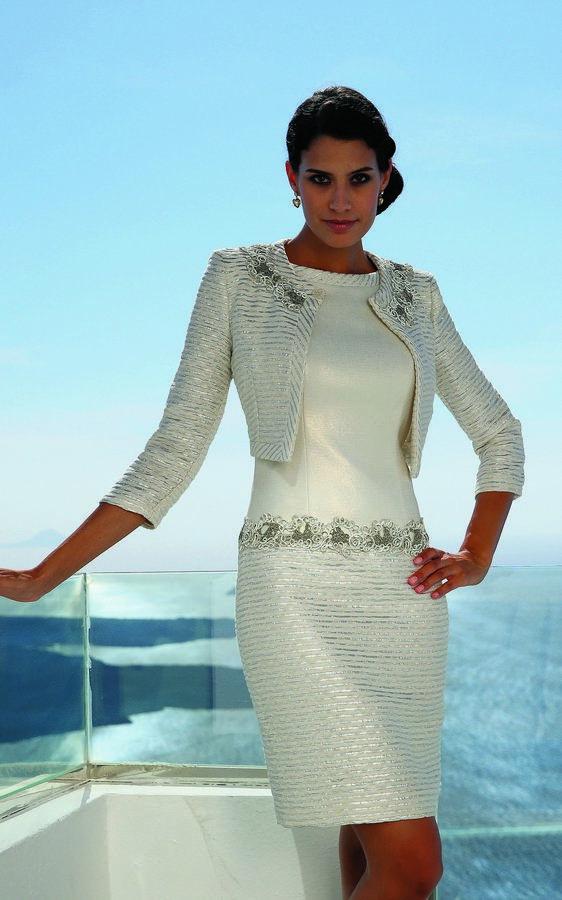 Moda en vestidos de fiesta elegantes
