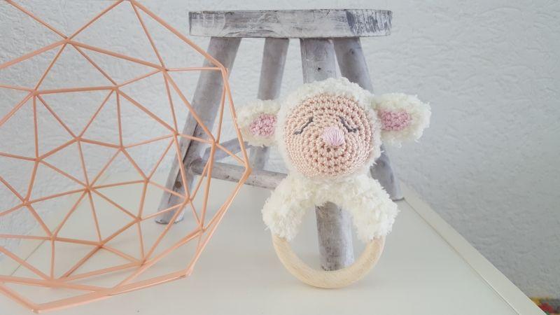 Gratis Haakpatroon Rammelaar Schaapje Haken Crochet Amigurumi