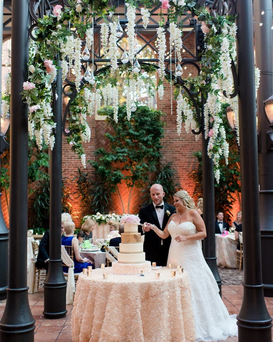 How Stunning Is This Real Wedding Magazine Rentmywedding Planner Sparkling Moments Event Planning In 2020 Event Inspiration Wedding Events Event Planning