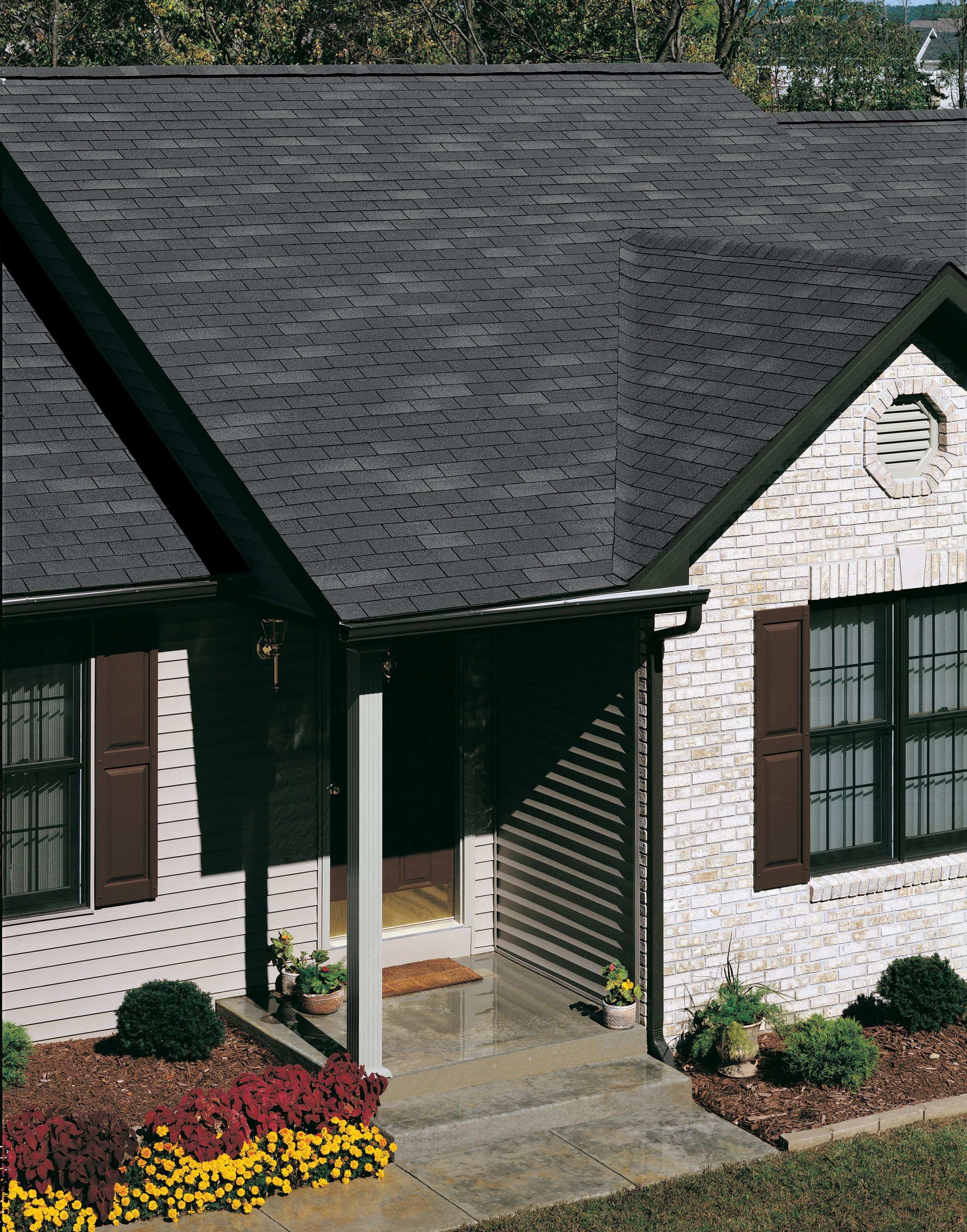 Best Enhance Your Home With Owens Corning Classic® Shingles 400 x 300