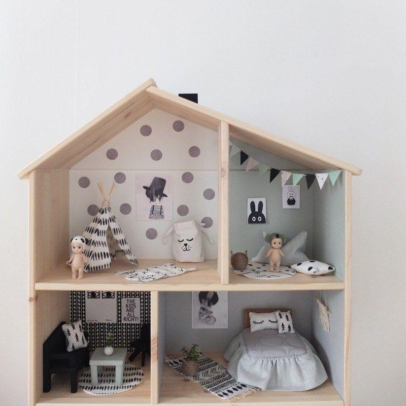 Ikea dollhouse diy a beautiful home casa mu ecas casas for Casita de madera ikea