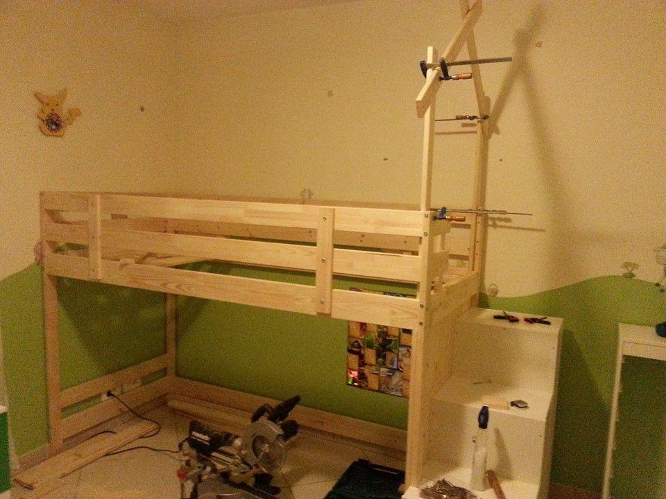 lit cabane sur une base ikea mydal chambre aiden ikea. Black Bedroom Furniture Sets. Home Design Ideas