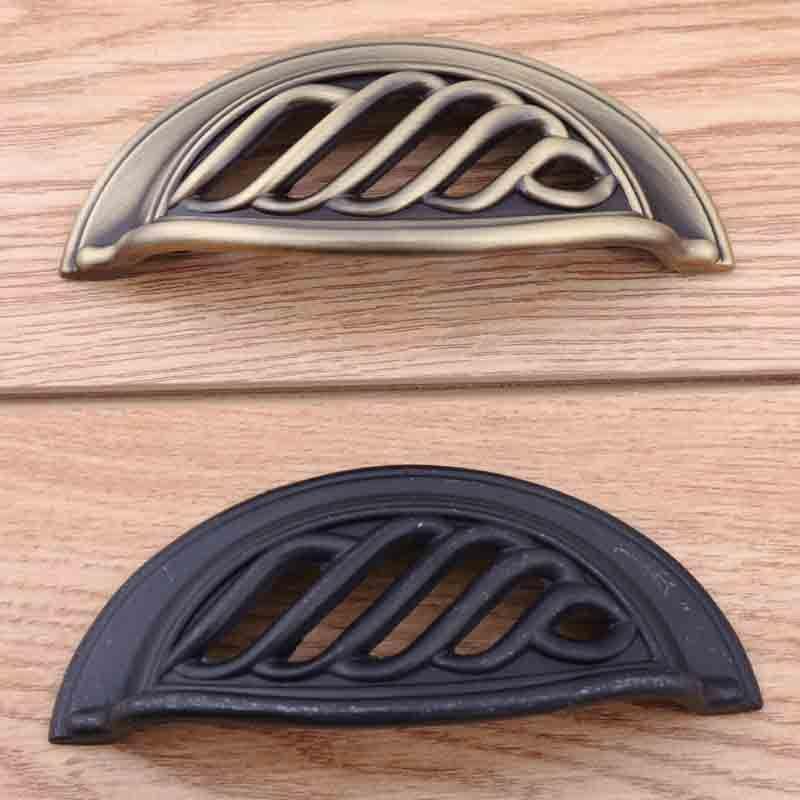 "$4.75 (Buy here: https://alitems.com/g/1e8d114494ebda23ff8b16525dc3e8/?i=5&ulp=https%3A%2F%2Fwww.aliexpress.com%2Fitem%2F64mm-vintage-birdcage-shell-handles-black-drawer-cabinet-pulls-knobs-antique-bronze-dresser-door-handles-2%2F32672875805.html ) 64mm vintage birdcage shell handles black drawer cabinet pulls knobs antique bronze dresser door handles 2.5"" rustico retro pull for just $4.75"