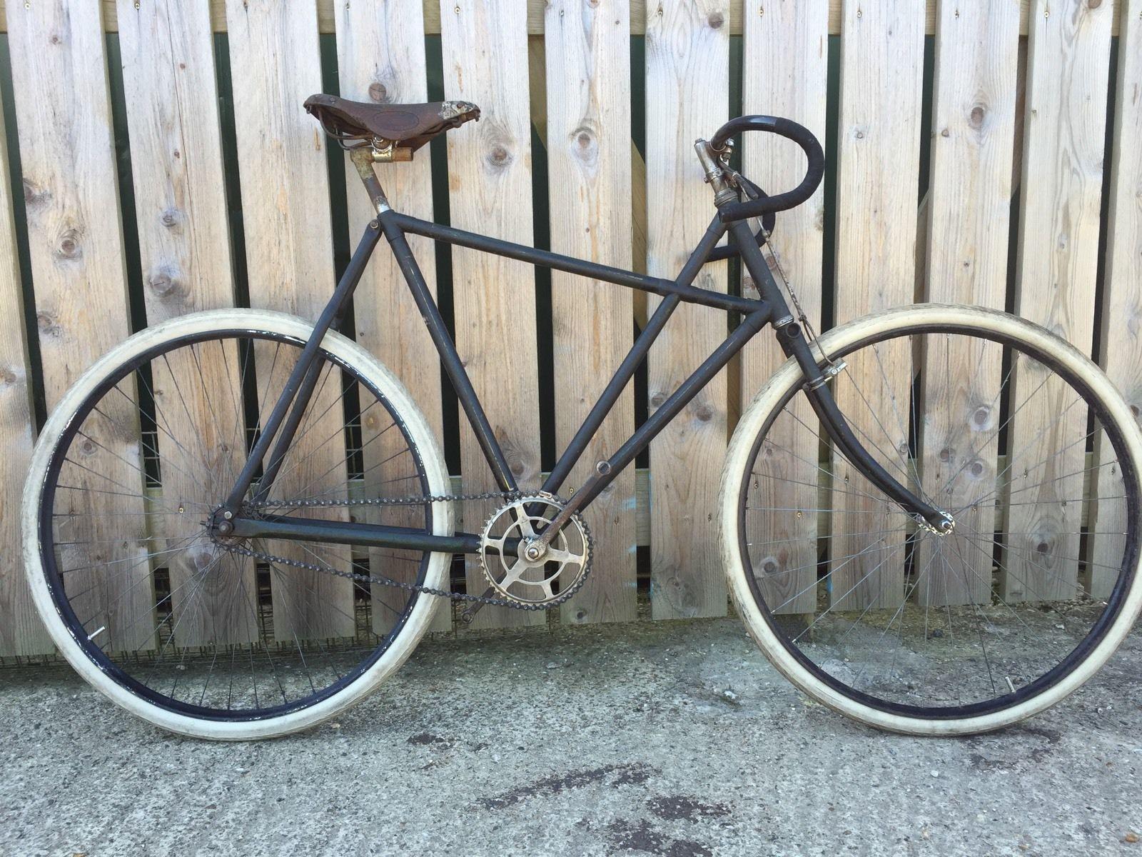Vintage Bicycle 1924 Raleigh X Frame Vintage Bicycles Retro Bicycle Beautiful Bicycle