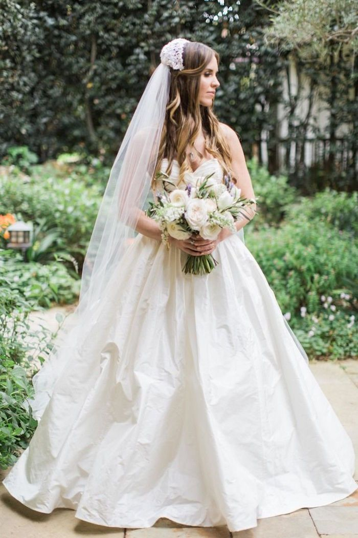 Wedding Hairstyles with Charming Elegance | Ballgown wedding dress ...