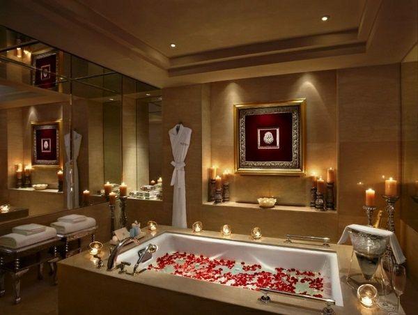 Idée romantique Saint Valentin - décorez votre salle de bain | Diners