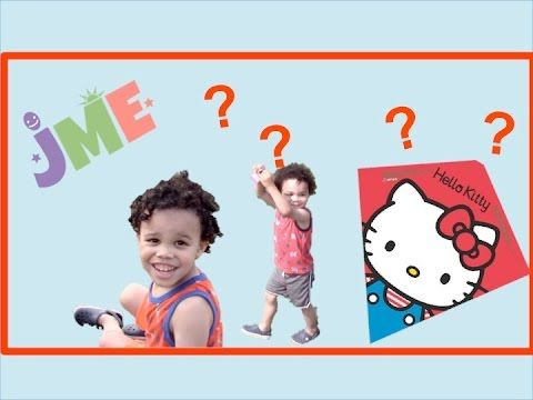 Hello Kitty and Cinderella Kite: Jack and Max fly cool new kites!