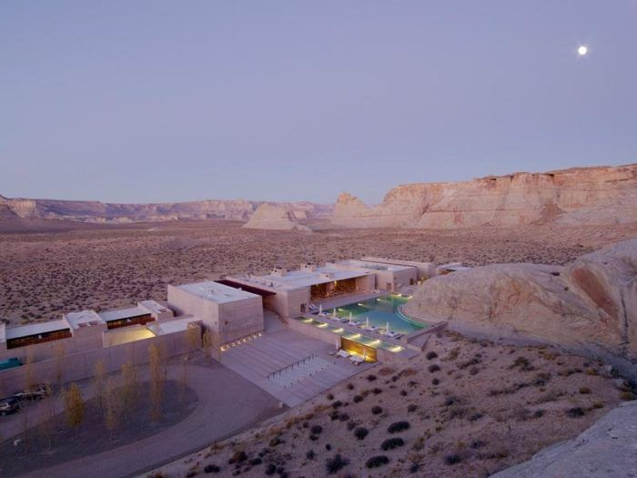 Visit This Incredible Utah Resort In The Middle Of Nowhere To Get
