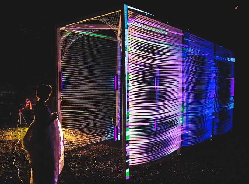 Megan Mosholder Weaves Subway Like Tunnel With Luminous Ribbons Schwarzlicht Licht Creative