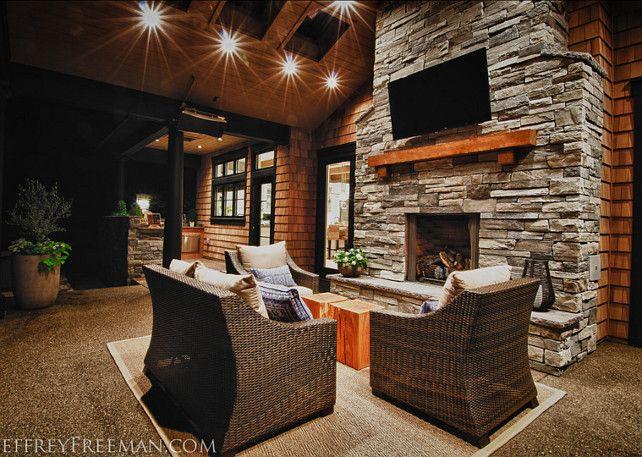 Stylish Family Home with Transitional Interiors Outdoor - maison en bois et en pierre