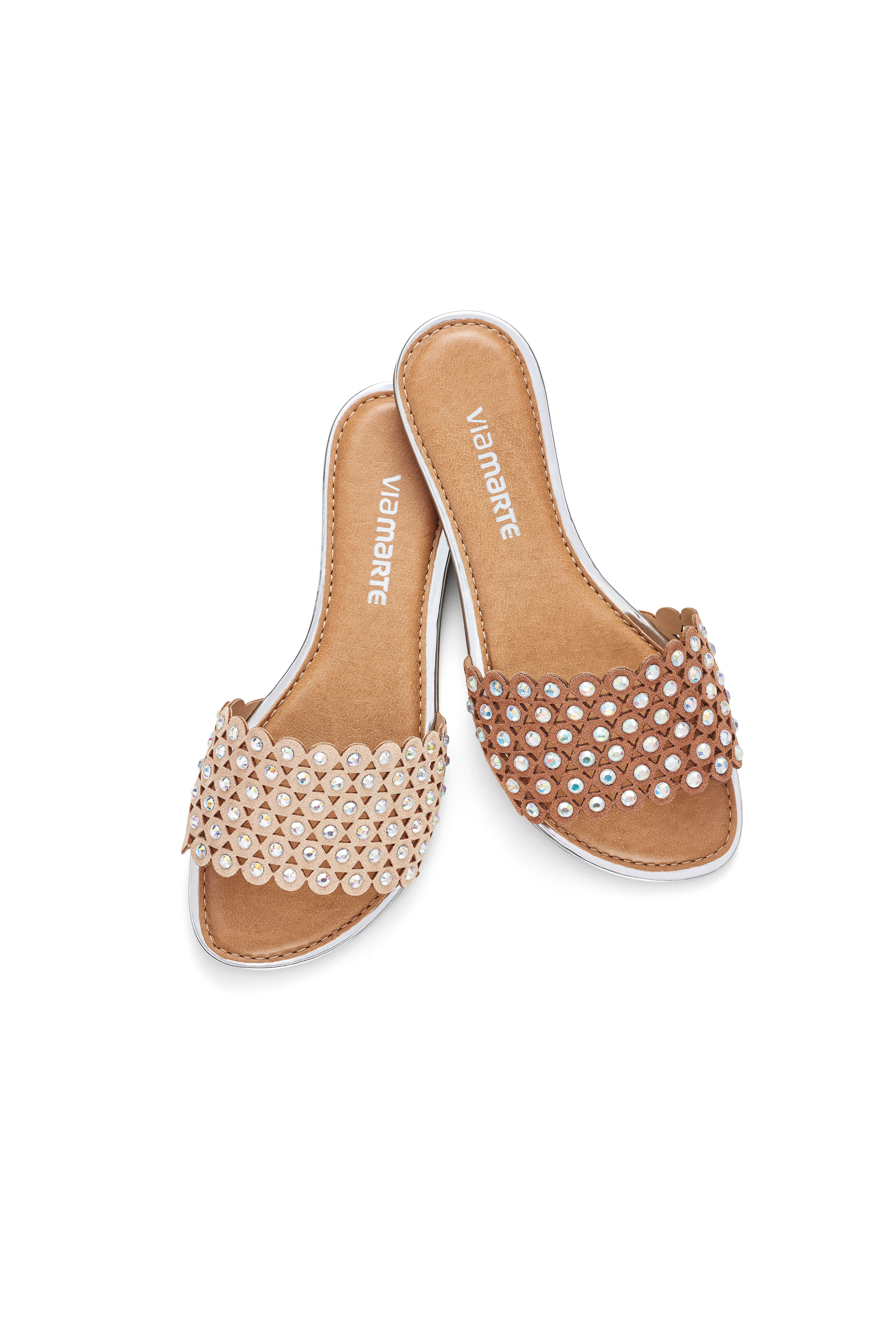 8f97eb2e3 Rasteira - Flat - Detalhes - Tendência - Ref. 16-18702 | sandals n ...