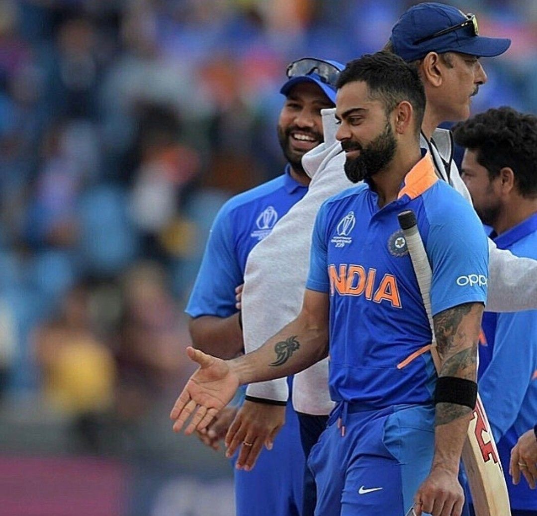 only virat sees him cricket worldcup wickets (With