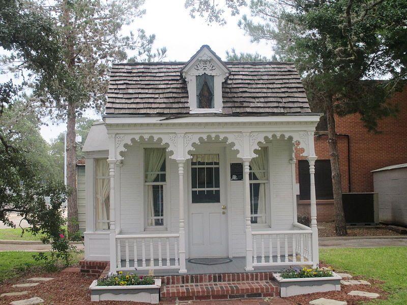 historic dietz castilla doll house seguin tx img 8170 seguin rh pinterest com
