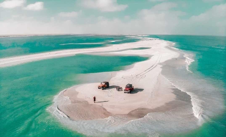 سلطنة عمان طقس اليوم تدفق السحب وأمطار على بعض المحافظات Waves Water Outdoor