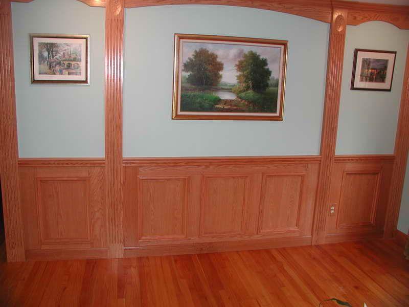 Charming wainscoting panels with floor hardwood