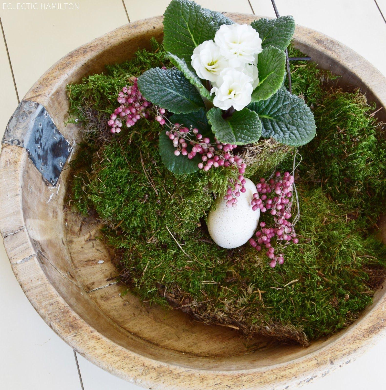 wie ihr eine schale kreativ und fr hlingshaft mit naturmaterialien dekoriert ostern. Black Bedroom Furniture Sets. Home Design Ideas