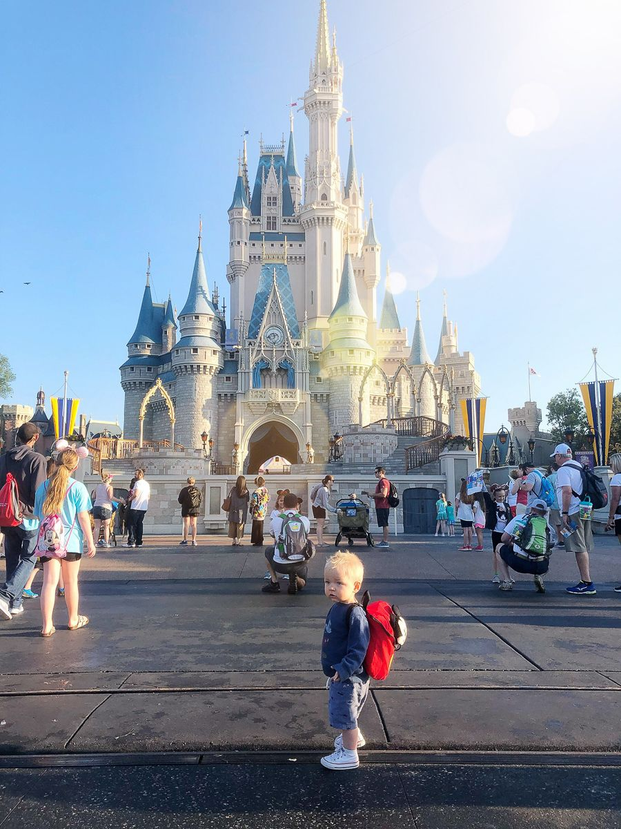 are 1 year olds free at disney world