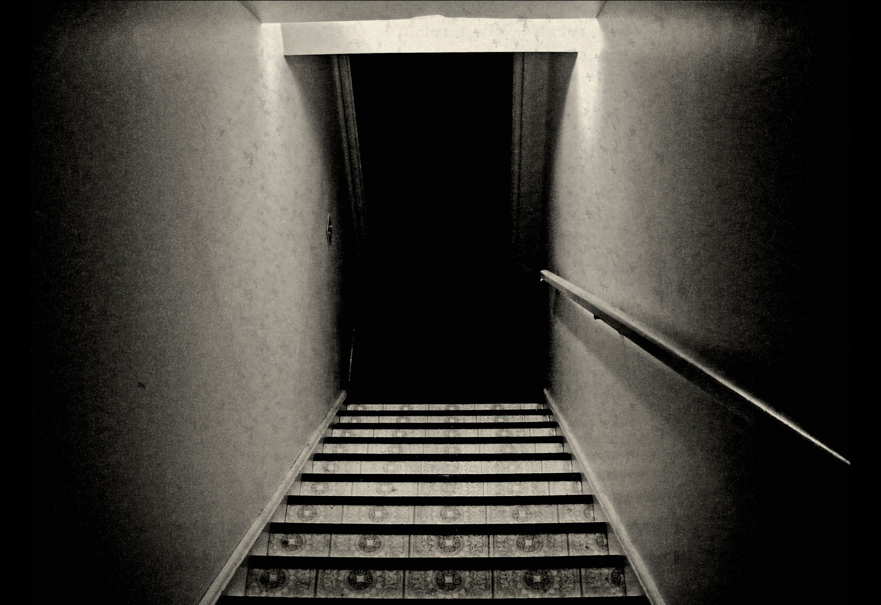 Quoti39m Coming Up The Stairsquot Creepypasta Short Scary Story