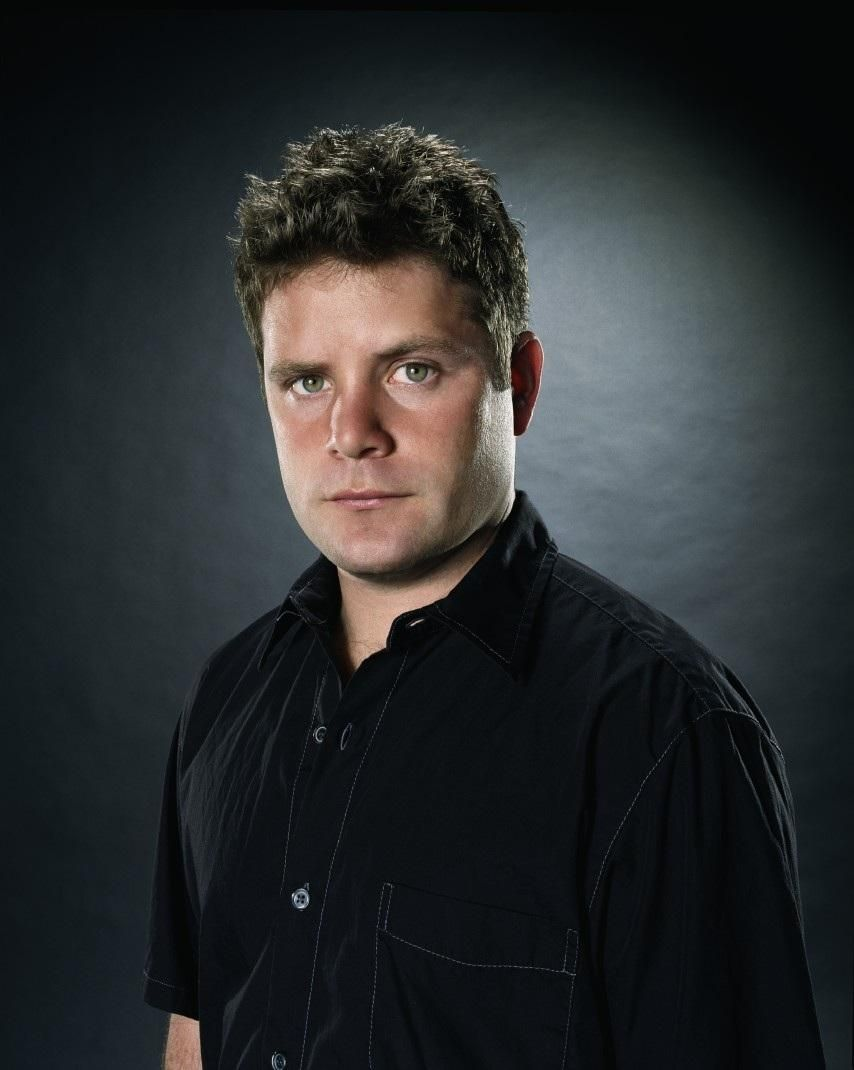 Sean Astin performs improv for the 1st time at JesterZ