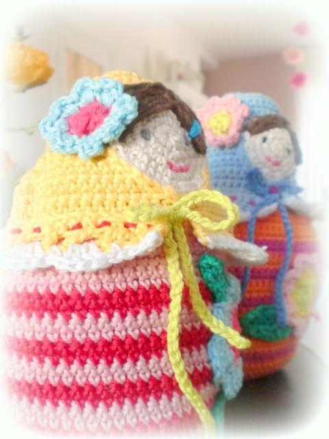 Hooks and more: Crocheted babushka hugs