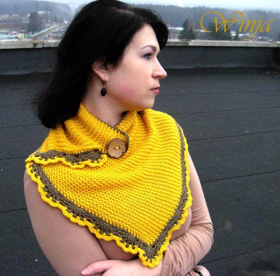 He encontrado este interesante anuncio de Etsy en https://www.etsy.com/es/listing/224677451/knitted-cowl-spring-knit-scarf-knit-neck