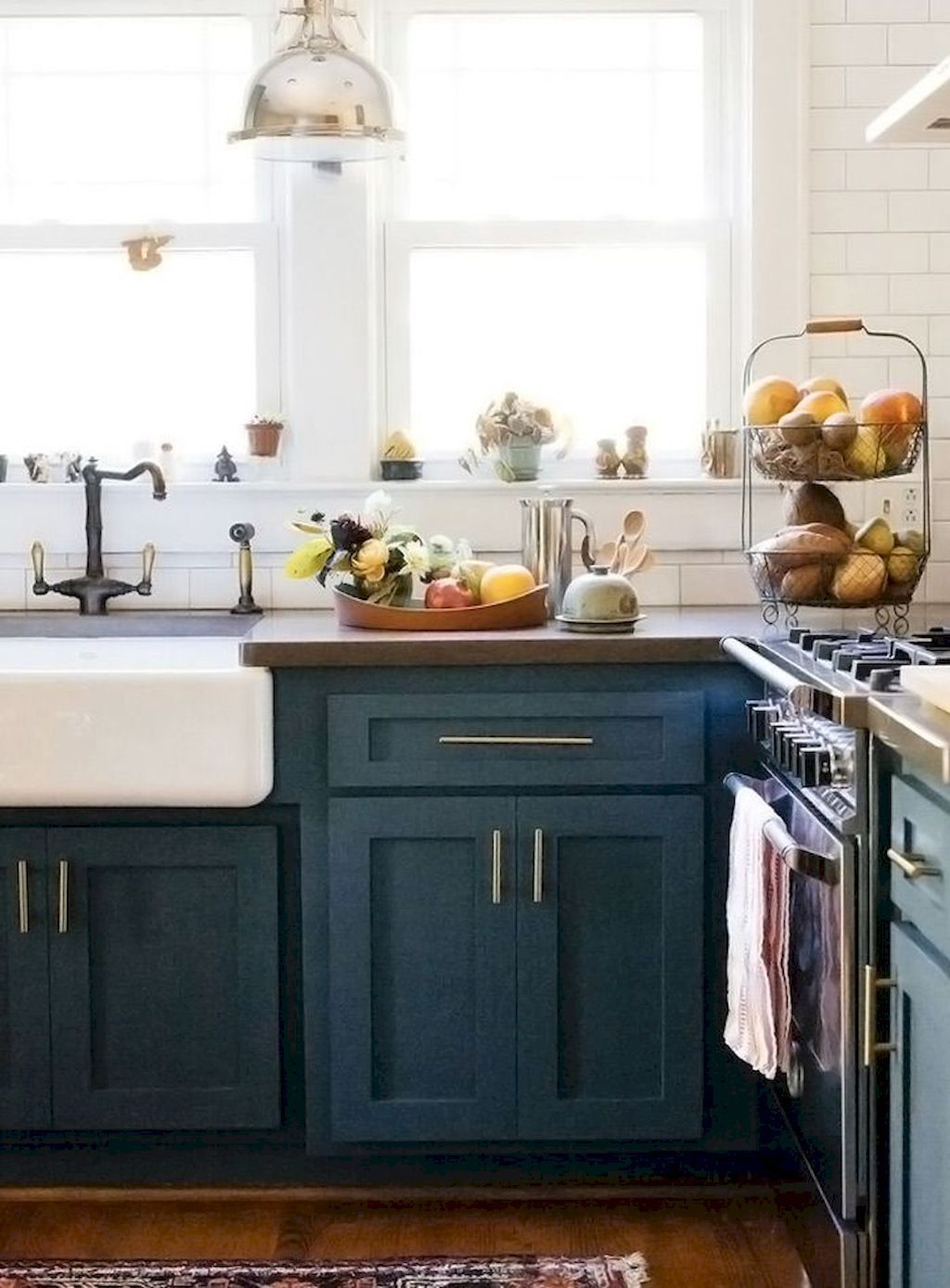 farmhouse kitchen cabinets decorating ideas on a budget 23 farmhouse style kitchen cabinets on farmhouse kitchen on a budget id=93348