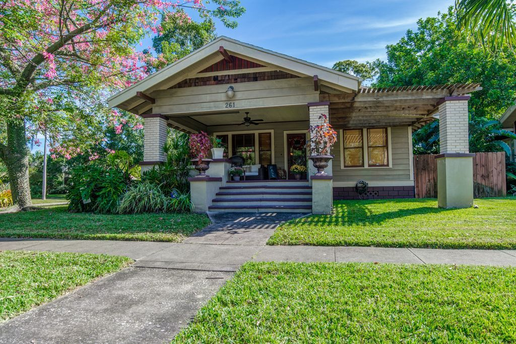 261 29th st n saint petersburg fl 33713 zillow with