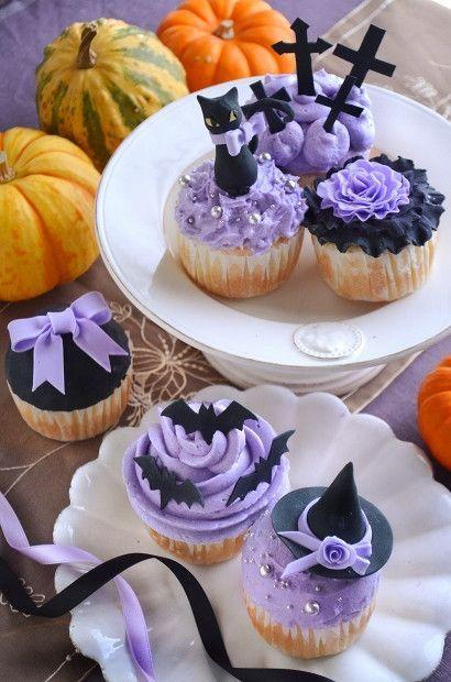 『ハロウィンの黒猫カップケーキ』