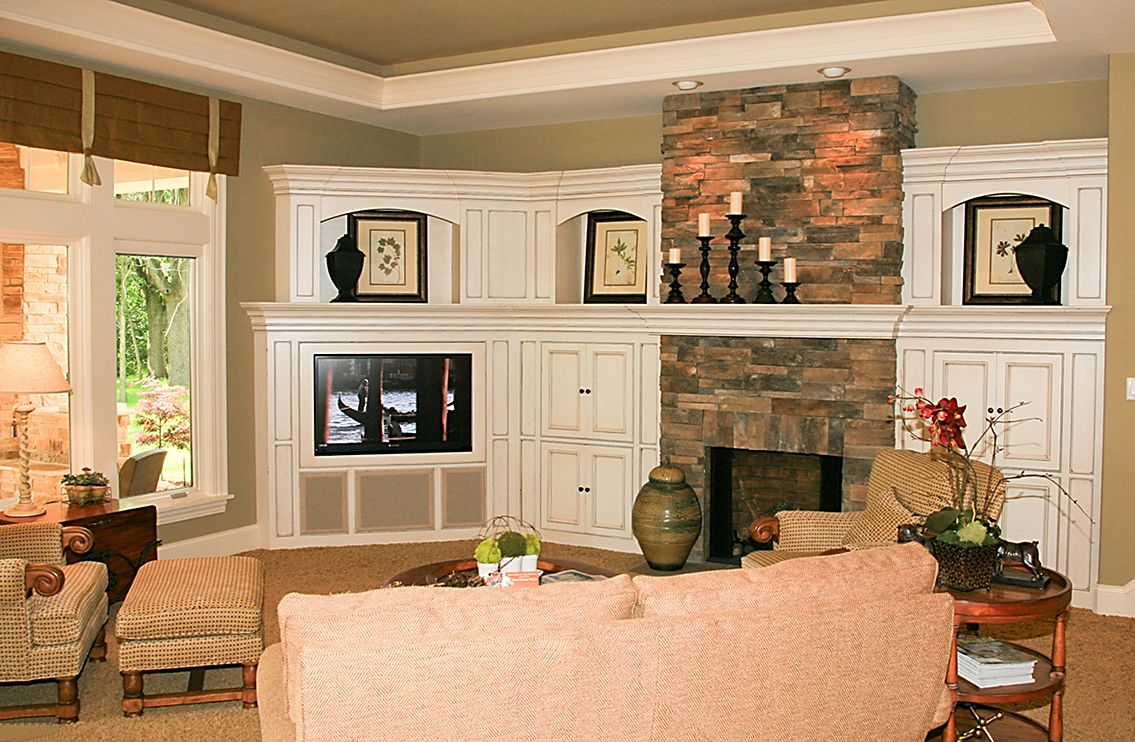family room battle fireplace vs flat screen tv fireplaces living room with fireplace. Black Bedroom Furniture Sets. Home Design Ideas
