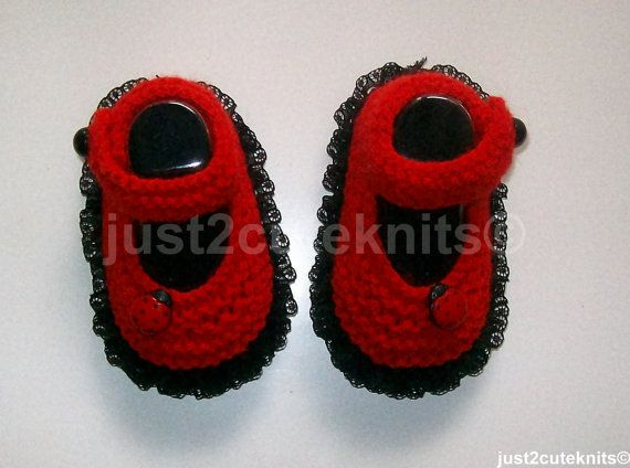 Available to order.  Hand knitted booties have been knitted in DK acrylic yarn in red with black soles and a row of black lace knitted in around the soles. They fasten at the sides with black buttons and are finished off with a little lady bug securely attached to the front sides. All my booties are sized to fit up to the 3 month mark.  Please allow 7 - 10 day turnaround on orders for these booties.  All my items are made in a clean, smoke free home.  Australian buyers; Booties are sent flat…