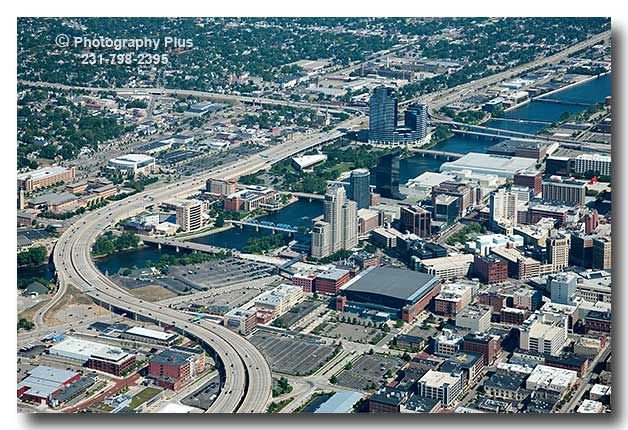 The S Curve And Downtown Grand Rapids Mi Grand Rapids Grand