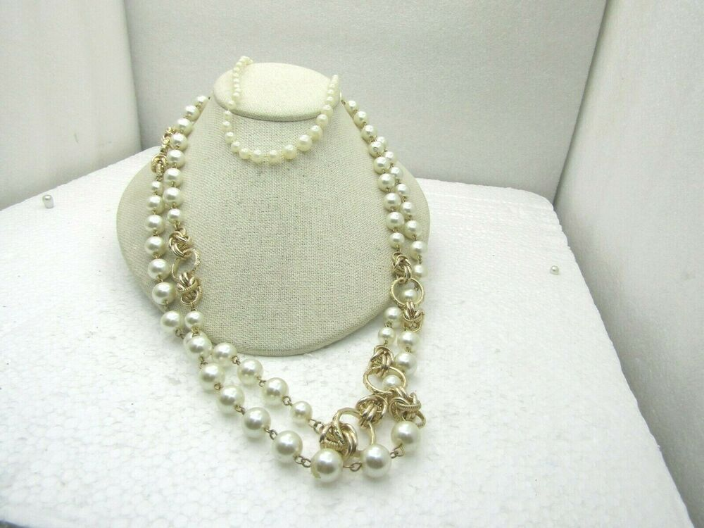 Vintage 1950-60/'s Double Strand Cream /& Gold Chain Bead Necklace