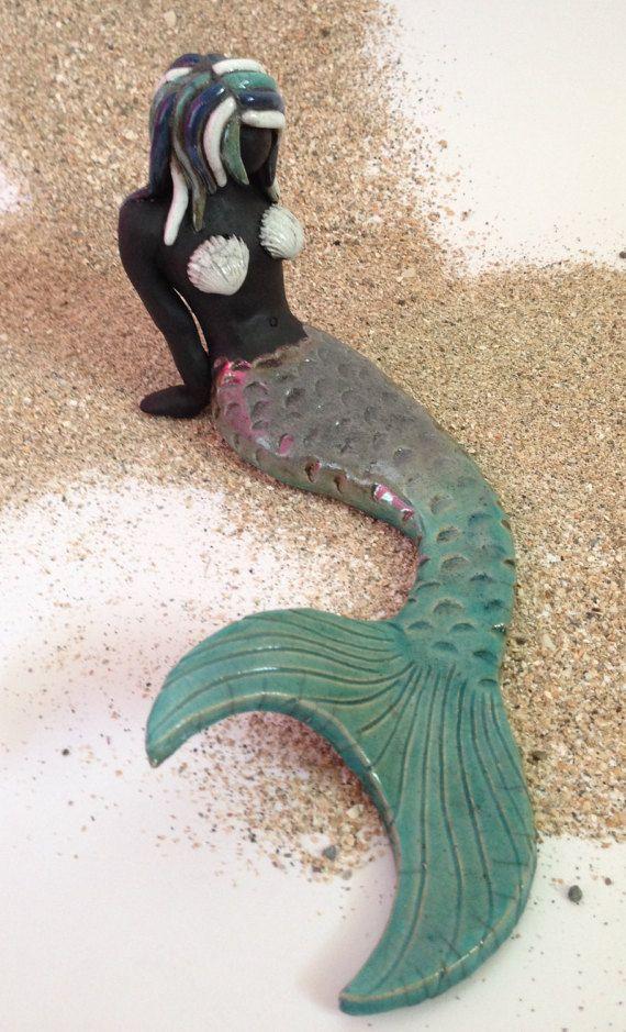 Ähnliche Artikel wie Harper die Meerjungfrau Türkis Raku-Karibik auf Etsy
