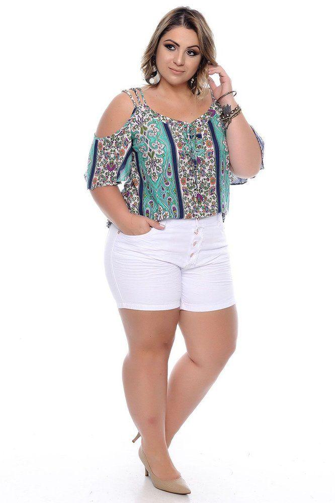 6dfab65466 DESCRIÇÃO Shorts Plus Size Resort Branco. Com bolsos funcionais frontais e  traseiros