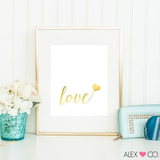 Download and print these lovely LOVE prints in faux gold foil or faux silver glitter, perfect decor for Valentine's Day!