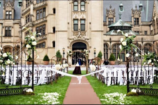 Biltmore Asheville Mansion Wedding Venues Beautiful Wedding Venues Asheville Wedding Venue