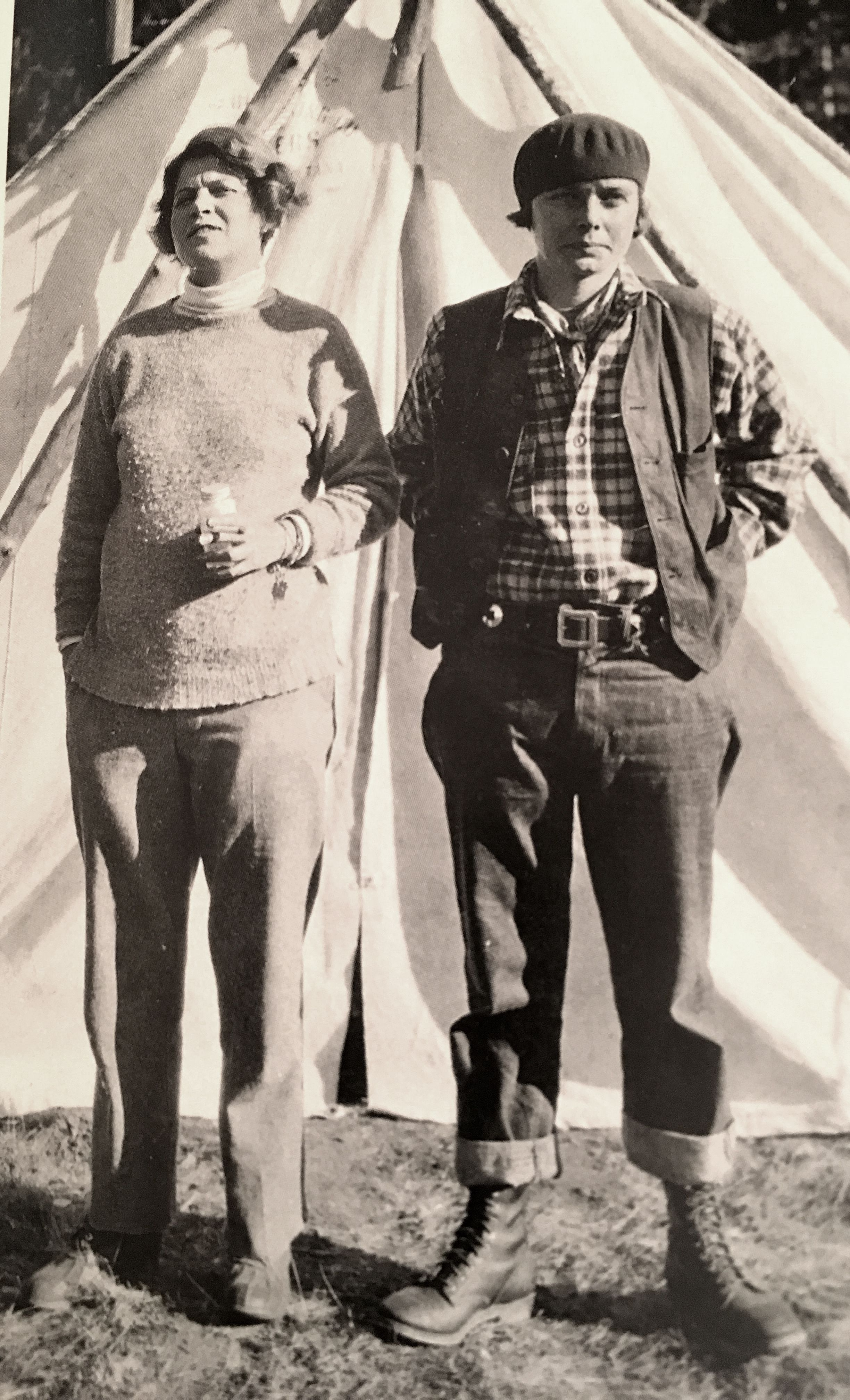 Very cool photo of famous New York gallerist Betty Parsons (right) in  France with girlfriend.