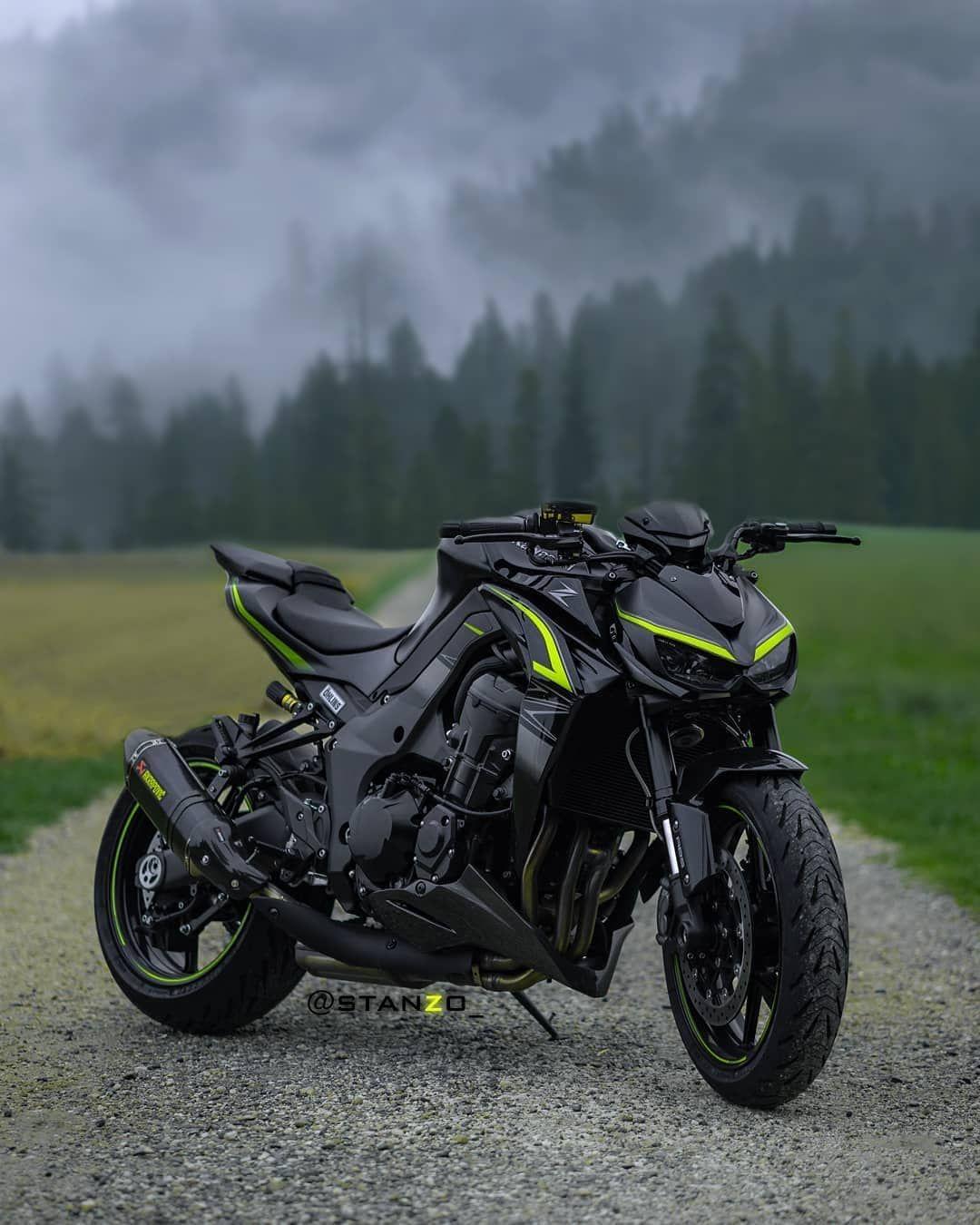 Lets Go Naked Owner At Stanzo Bike Kawasaki Z1000r Kawasakih2