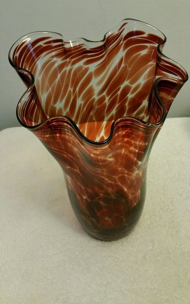 Wave Top Red Speck Polish Glass Vase 13 High Mint Condition