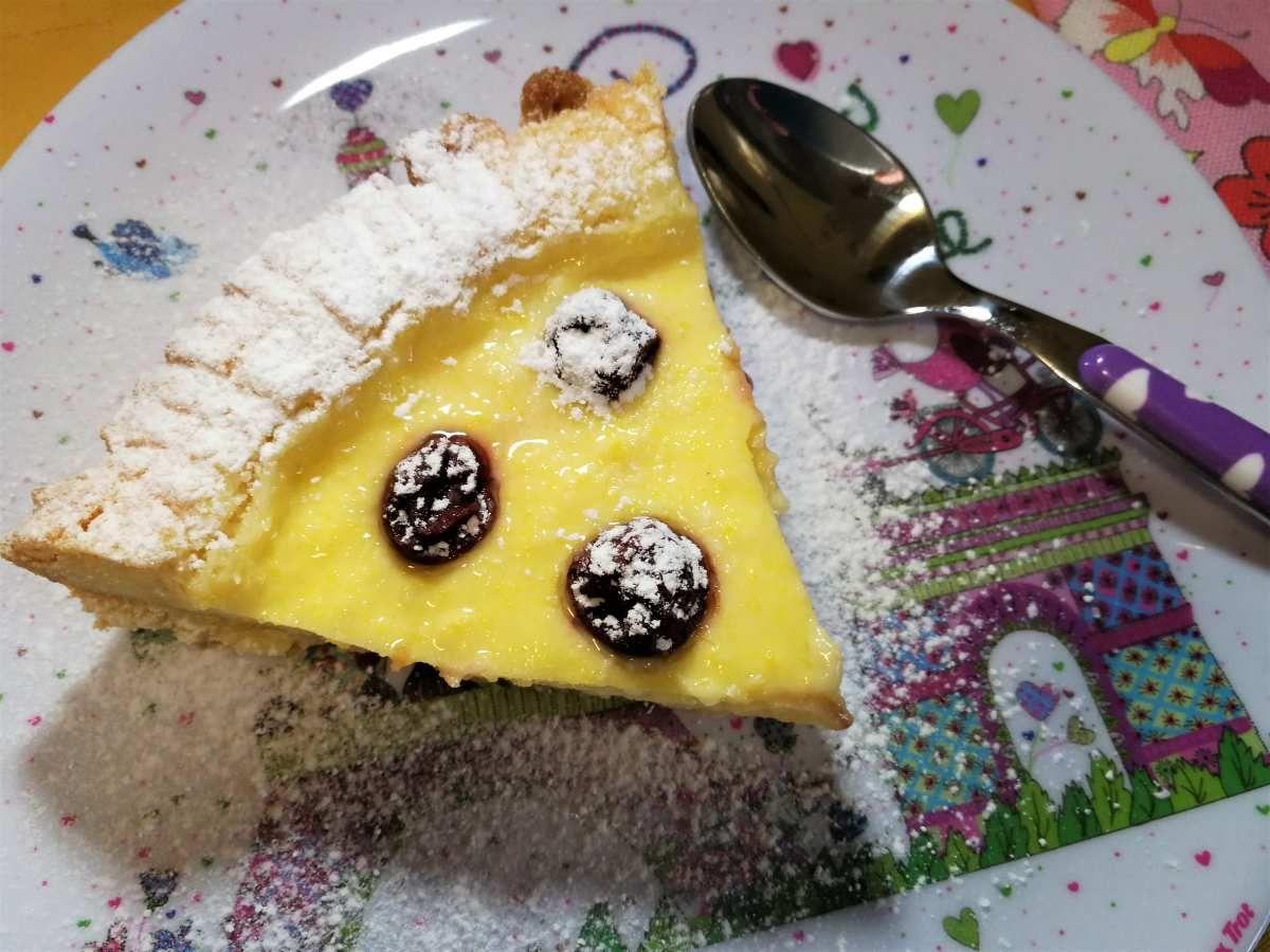 Photo of Torta della nonna con crema pasticcera ed amarene | Quaderni Golo