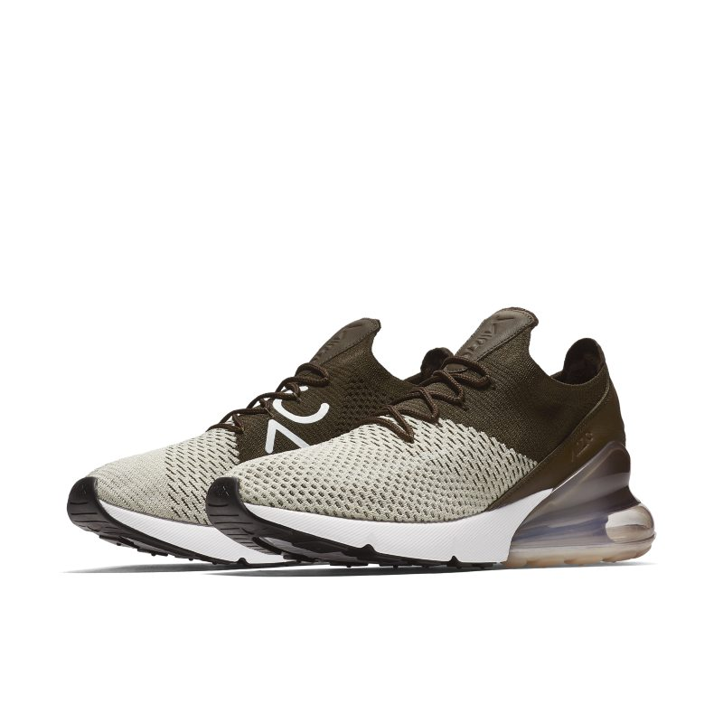 wholesale dealer b05e0 1c9a2 Air Max 270 Flyknit Men's Shoe   Products in 2019   Nike air ...
