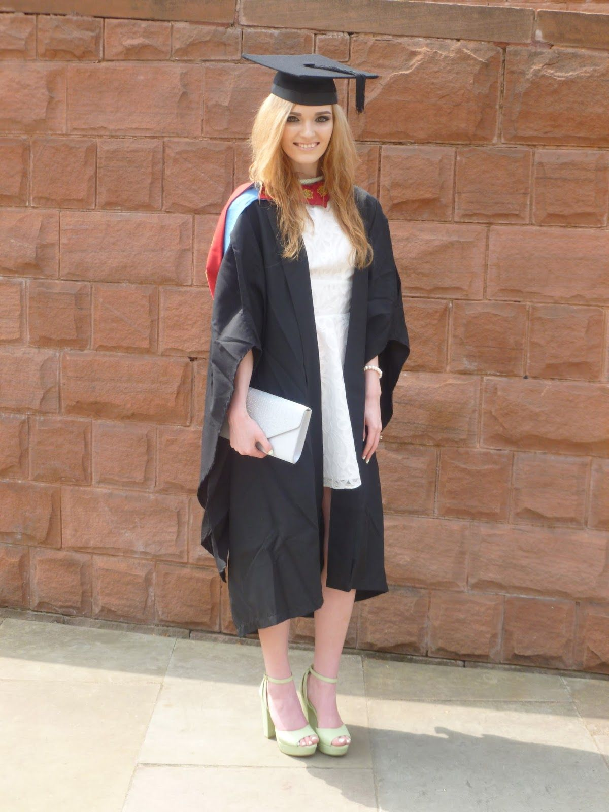 87f32a3eecd Image result for university graduation outfits girls