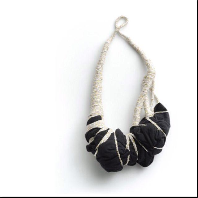 necklace by Elinor de Spoelberch