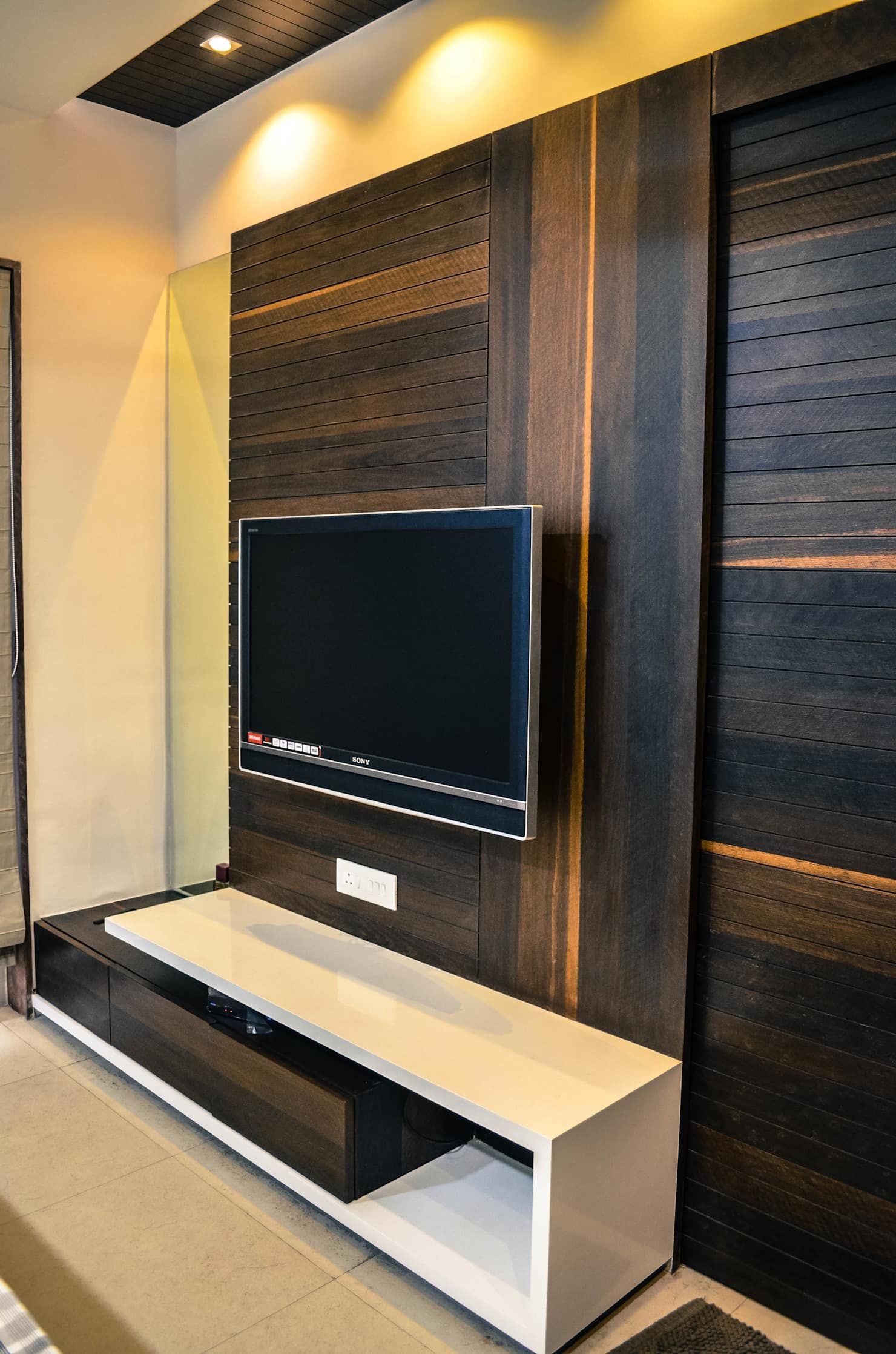 Living Room Lcd Tv Wall Unit Design Ideas: Modern Bathroom By Homify Modern