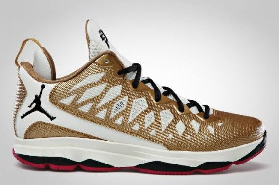 brand new 15416 2d0e6 Jordan CP3.VI Metallic Gold Black Slate Sport Fuschia 535807 705 CP3 Shoes  2013
